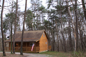 Beverly Hills Cabin in the Hocking Hills